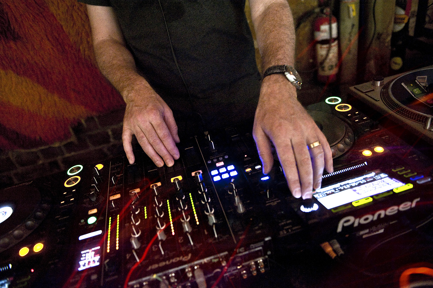 Pat Donlon aka Spacey Space during his Sunday morning set at Revolver3